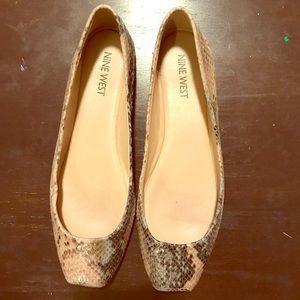 Nine west ballerina slippers size 6